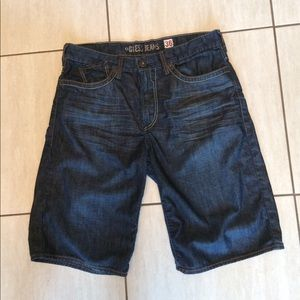 "Guess men's jean shorts.36""/13"".EUC"